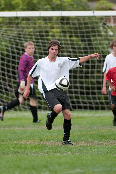Los-Altos-Soccer-U16B-20090913143717_8674