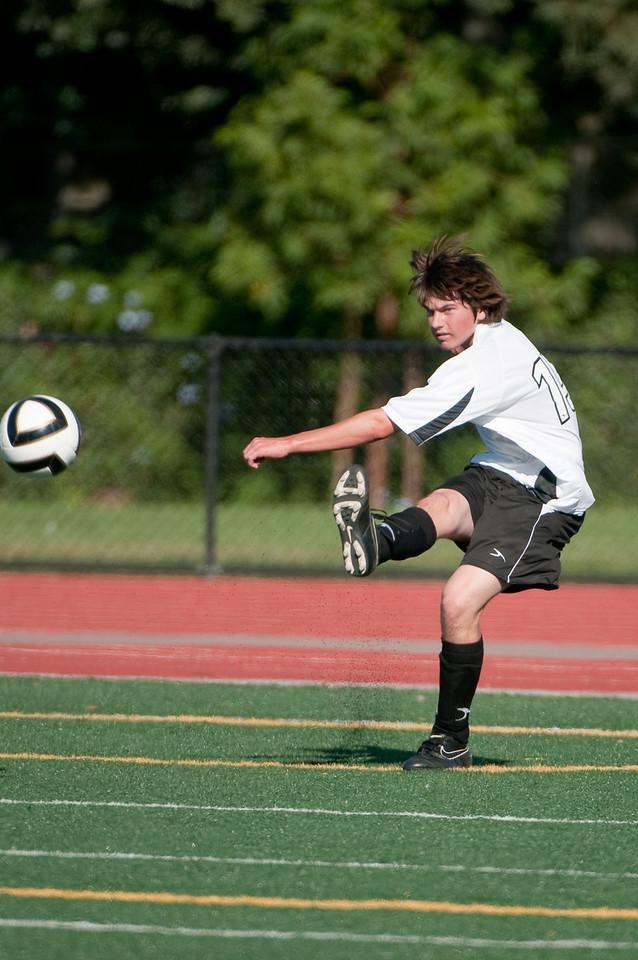 Los-Altos-Soccer-U16B-20090920161624_9954