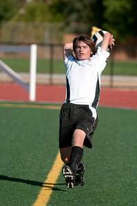 Los-Altos-Soccer-U16B-20090920161850_9969