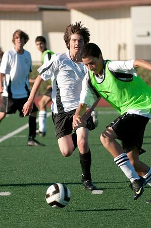Los-Altos-Soccer-U16B-20090920171853_0127
