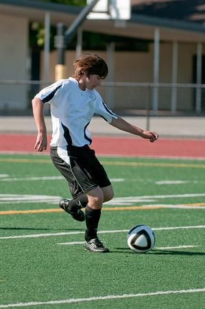 Los-Altos-Soccer-U16B-20090920155628_9896