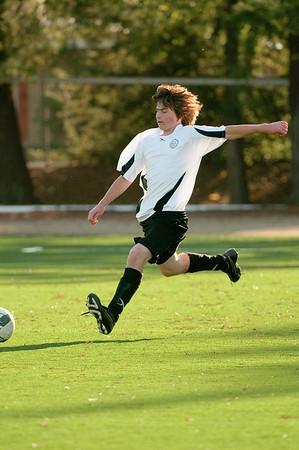 Los-Altos-Soccer-U16B-20091101162315_3198