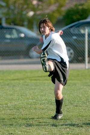 Los-Altos-Soccer-U16B-20091004170642_21103