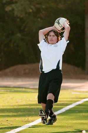 Los-Altos-Soccer-U16B-20091101161945_3180