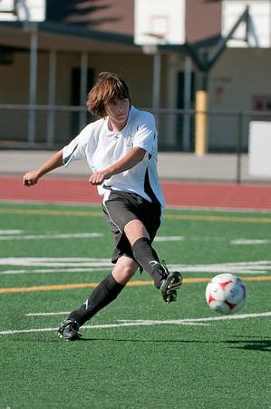 Los-Altos-Soccer-U16B-20090920155421_9840