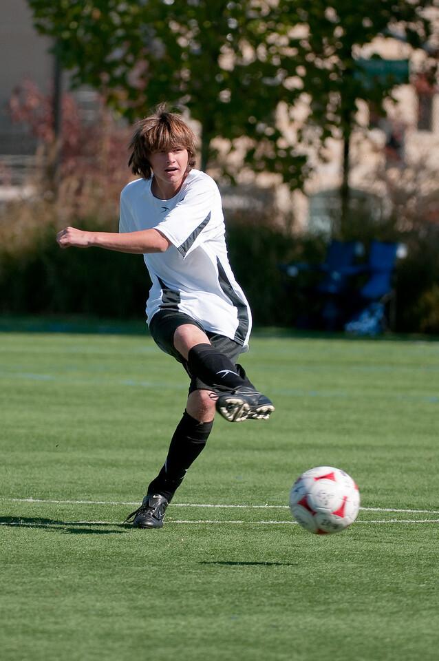Los-Altos-Soccer-U16B-20091025125059_2316