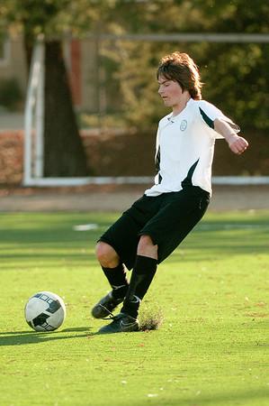 Los-Altos-Soccer-U16B-20091101162316_3199