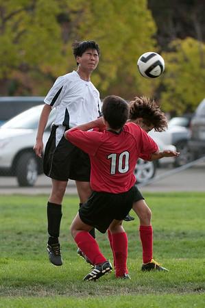 Los-Altos-Soccer-U16B-20090913152452_8878