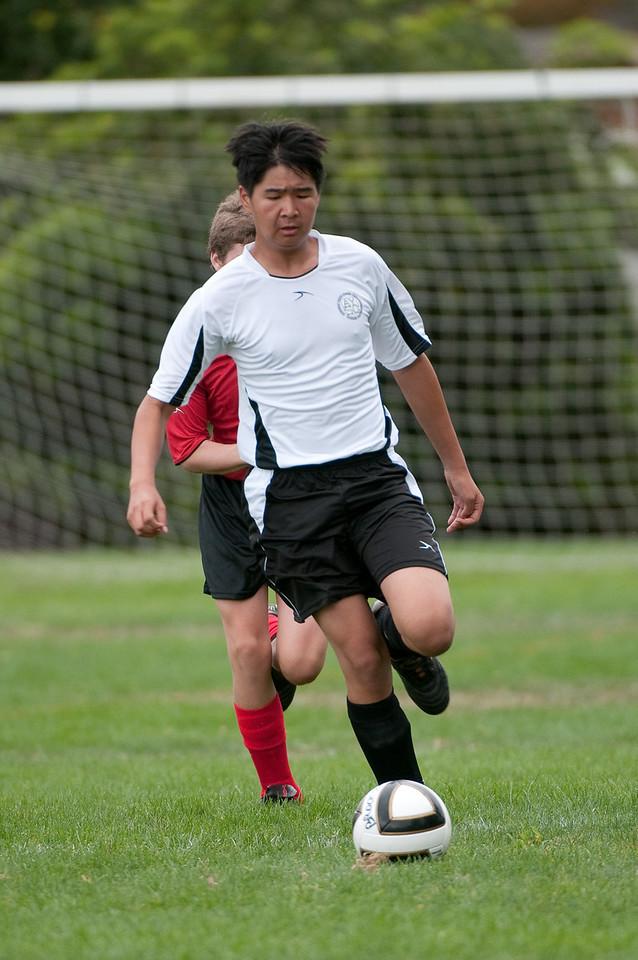 Los-Altos-Soccer-U16B-20090913143824_8685