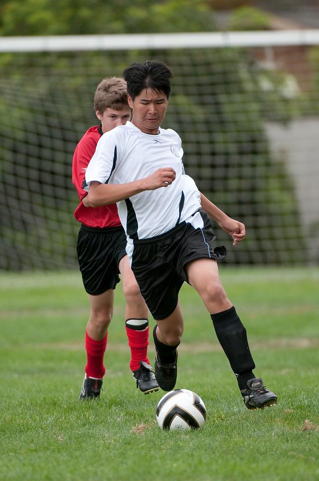 Los-Altos-Soccer-U16B-20090913143824_8686