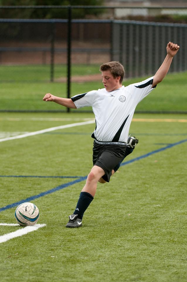 Los-Altos-Soccer-U16B-20091018143146_2159