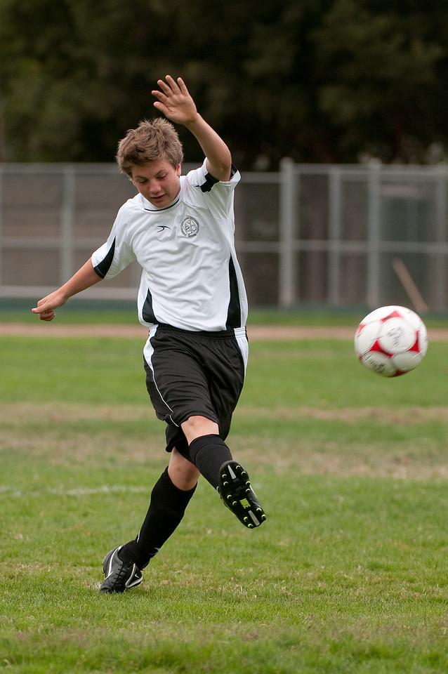 Los-Altos-Soccer-U16B-20090913135408_8439