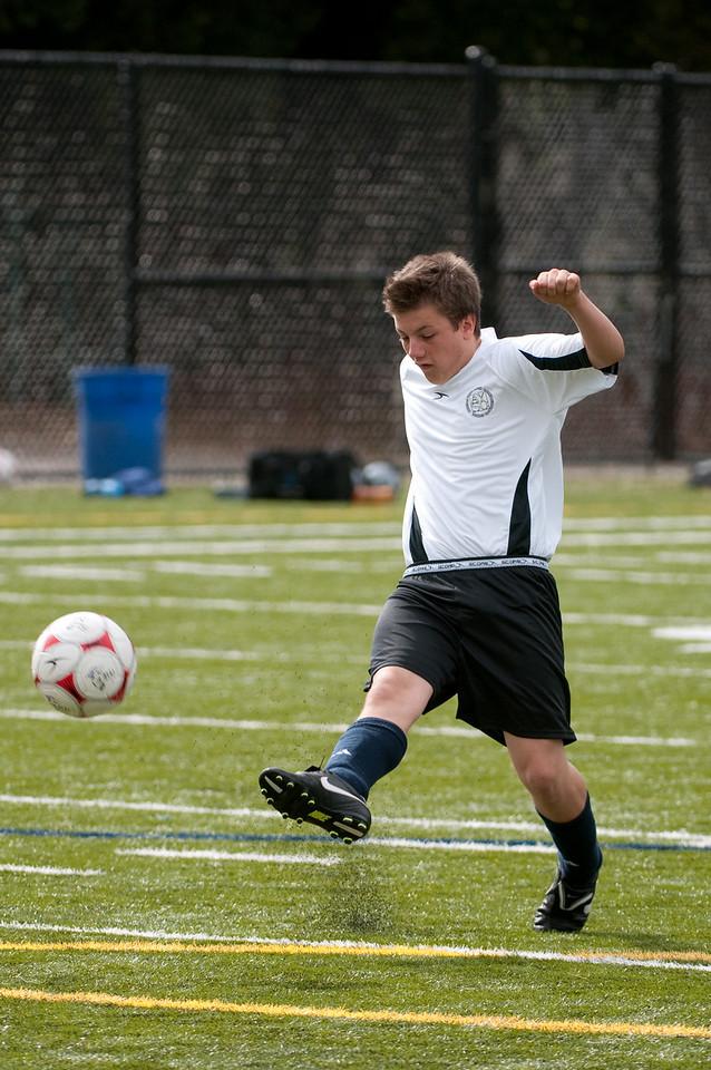 Los-Altos-Soccer-U16B-20091018135909_2082