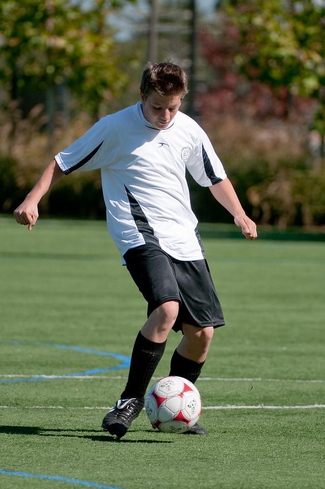 Los-Altos-Soccer-U16B-20091025125404_2340