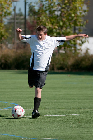Los-Altos-Soccer-U16B-20091025124928_2297
