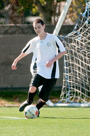 Los-Altos-Soccer-U16B-20091025133358_2501