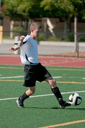 Los-Altos-Soccer-U16B-20090920155551_9879