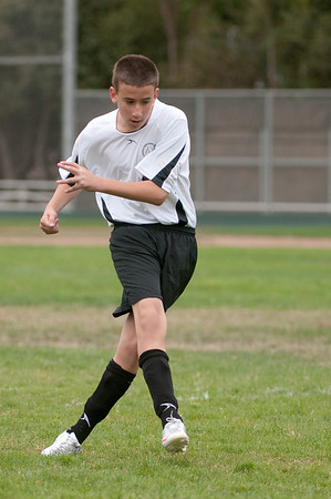 Los-Altos-Soccer-U16B-20090913135356_8430