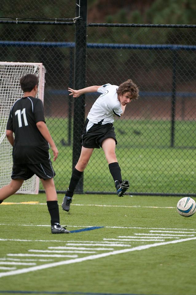 Los-Altos-Soccer-U16B-20091018144721_2204