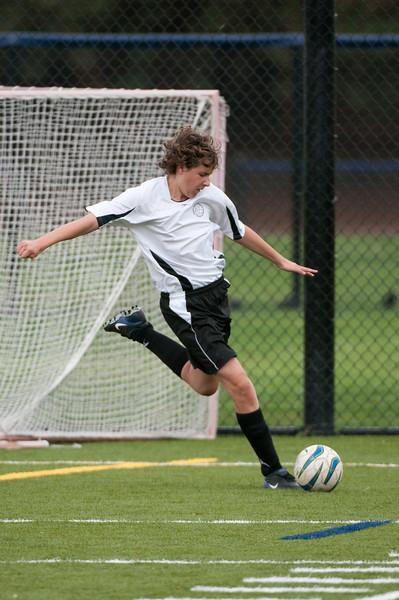 Los-Altos-Soccer-U16B-20091018144721_2201