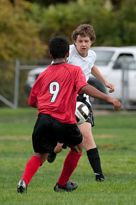 Los-Altos-Soccer-U16B-20090913150045_8813
