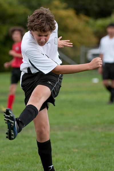 Los-Altos-Soccer-U16B-20090913150050_8833