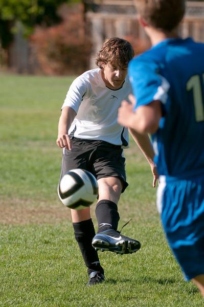 Los-Altos-Soccer-U16B-20091004161038_20948