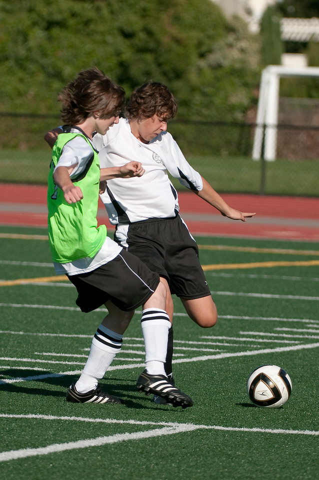 Los-Altos-Soccer-U16B-20090920163519_0044