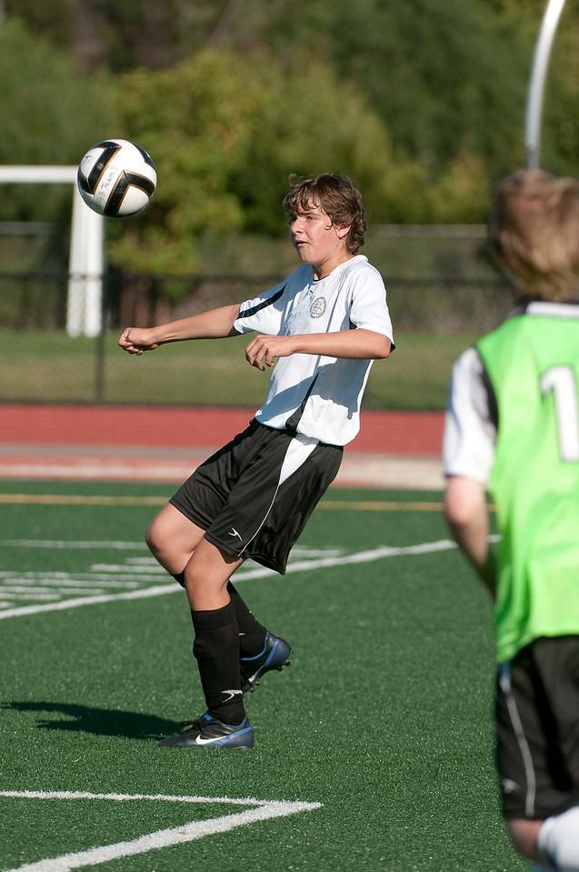 Los-Altos-Soccer-U16B-20090920163944_0058