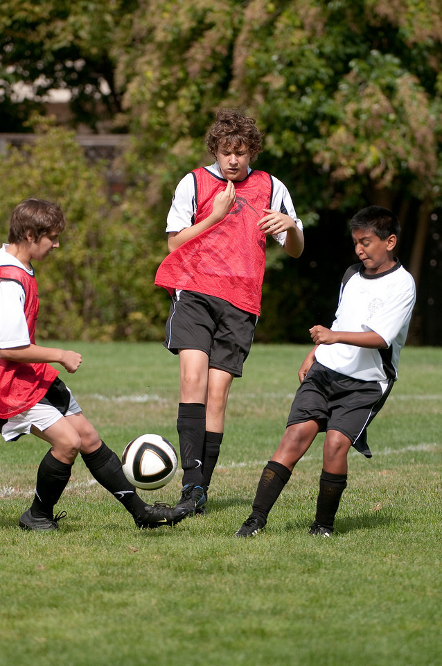 Los-Altos-Soccer-U16B-20091011120156_21397