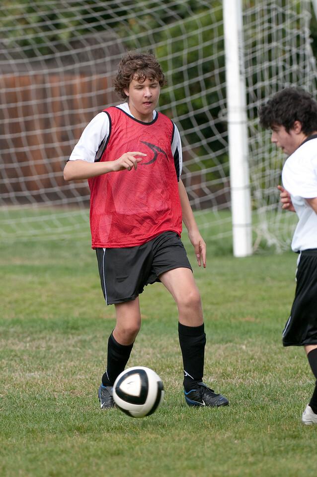 Los-Altos-Soccer-U16B-20091011122215_21466