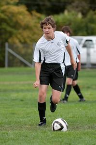 Los-Altos-Soccer-U16B-20090913150047_8823