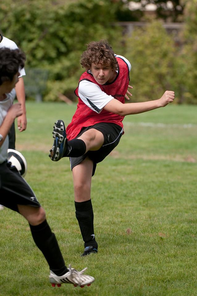 Los-Altos-Soccer-U16B-20091011121420_21456