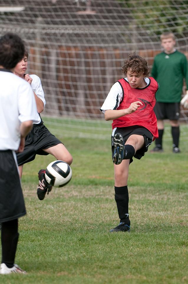 Los-Altos-Soccer-U16B-20091011122226_21470