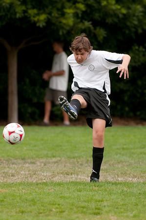 Los-Altos-Soccer-U16B-20090913135944_8531