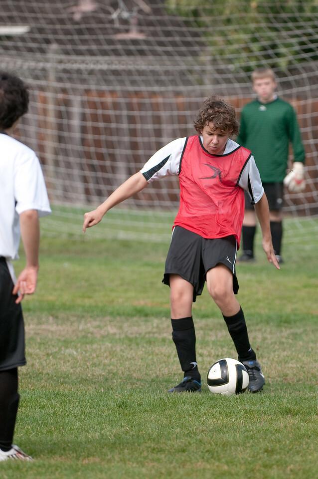 Los-Altos-Soccer-U16B-20091011122226_21469