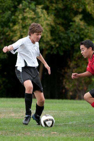 Los-Altos-Soccer-U16B-20090913141310_8600