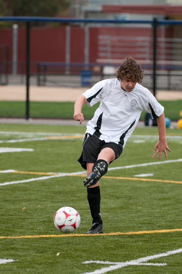 Los-Altos-Soccer-U16B-20091018134605_1922