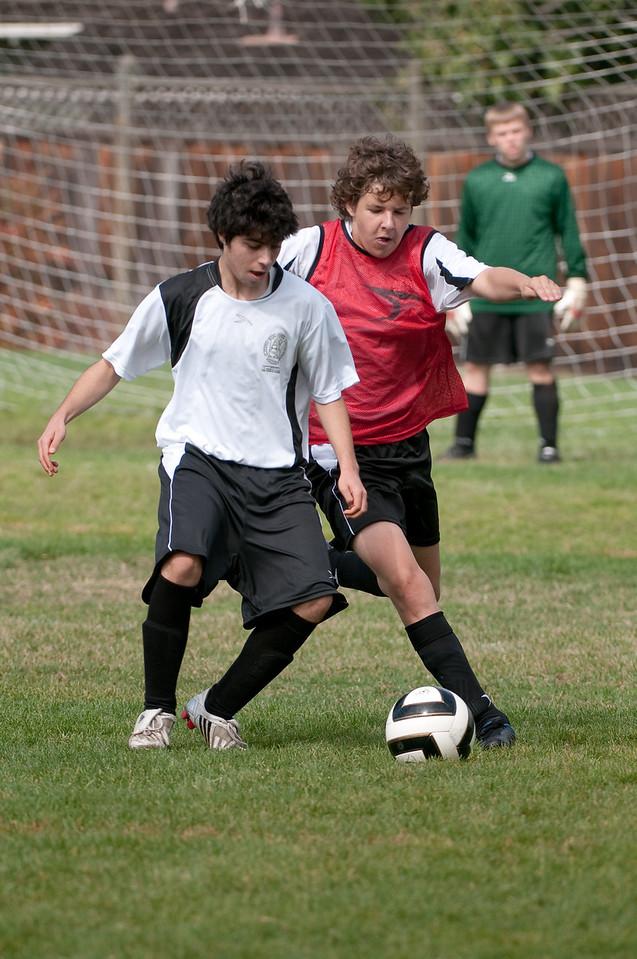 Los-Altos-Soccer-U16B-20091011122245_21473