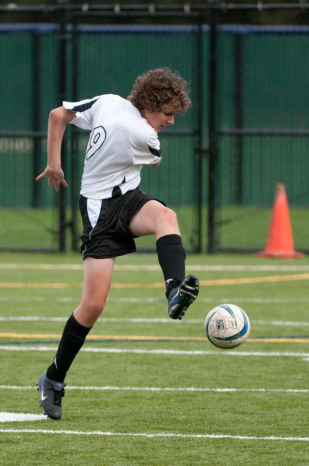 Los-Altos-Soccer-U16B-20091018142411_2145