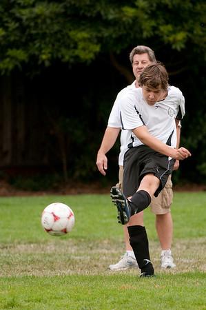 Los-Altos-Soccer-U16B-20090913135708_8495