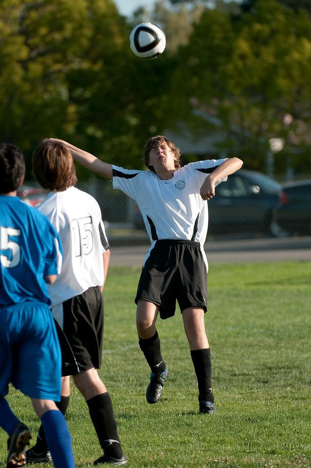 Los-Altos-Soccer-U16B-20091004170140_21090
