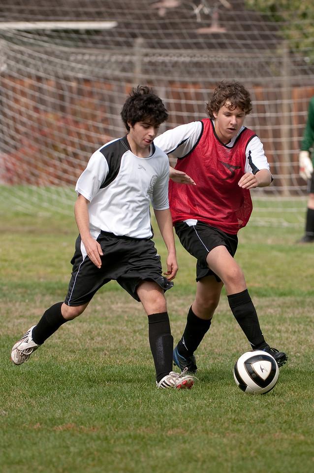Los-Altos-Soccer-U16B-20091011122245_21472