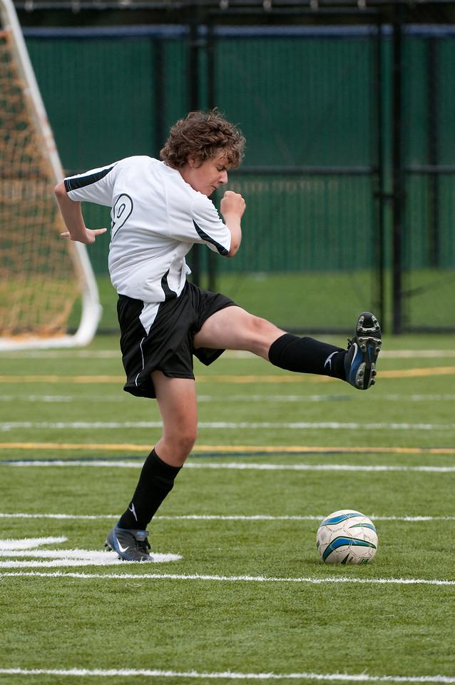 Los-Altos-Soccer-U16B-20091018142411_2144