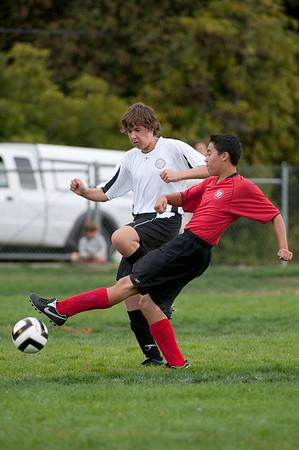 Los-Altos-Soccer-U16B-20090913150043_8810