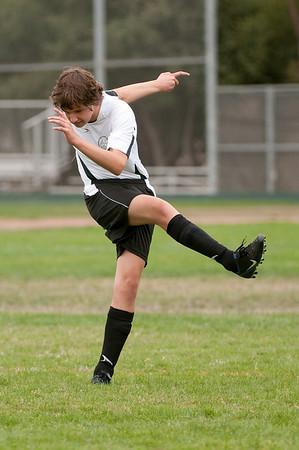 Los-Altos-Soccer-U16B-20090913135439_8451