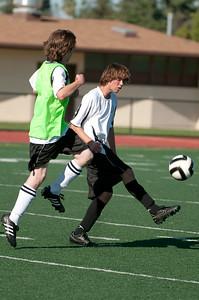 Los-Altos-Soccer-U16B-20090920163513_0038