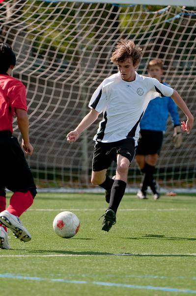 Los-Altos-Soccer-U16B-20091025134948_2536