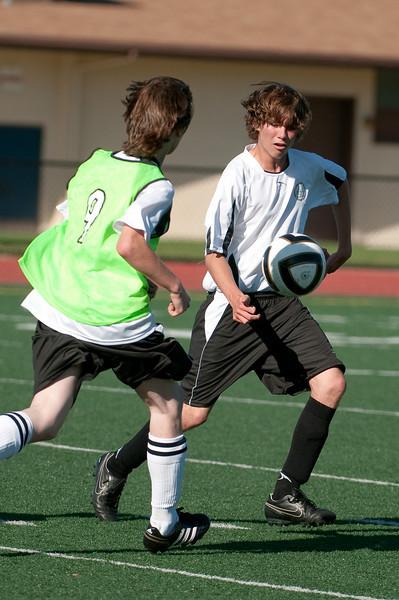 Los-Altos-Soccer-U16B-20090920163513_0036