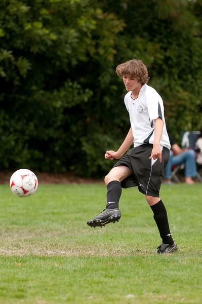 Los-Altos-Soccer-U16B-20090913135950_8533